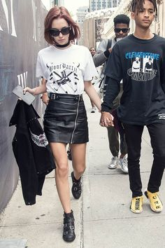 American model Sarah Snyder was photographed at Hood By Air fashion show during New York Fashion Week: The Shows at The Arc, Skylight at… Festival Looks, Style Outfits, Fashion Outfits, Cool Street Fashion, Street Style, Sarah Snyder, Hood By Air, Ootd, Look Cool