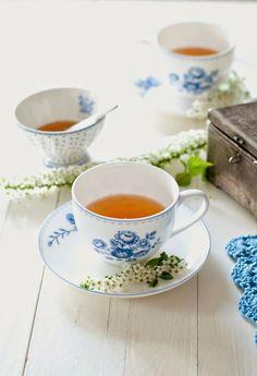 Tea www.MadamPaloozaEmporium.com www.facebook.com/MadamPalooza