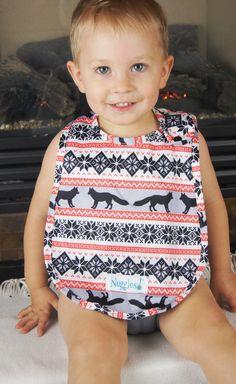 Winter foxes - CLEARANCE - Designer Bibs – Nuggles Designs Canada #babybib #babyledweaning #bibs #babygear