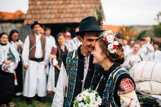 Romanian Wedding, City People, Marriage, Costumes, World, Outfits, Clothes, Folklore, Valentines Day Weddings
