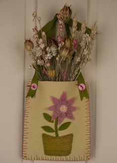 Wool Felt Applique Project Tutorial - Spring Flower Door Pocket — Oliver Rabbit