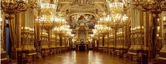 l'Opéra Garnier à Paris... une des bâtiments les plus magnifiques du monde / One of the world's most beautiful buildings... Each time I go, it's like going back to see an old friend / À chaque fois que j'y retourne c'est comme retourner chez un vieux copain.