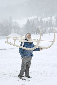 To Hans Burgener, building Hori sledges is a matter of honour. Alps, Building, Life, Buildings, Construction