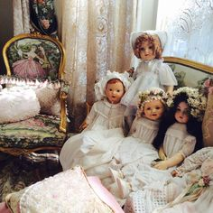 Passion for Antique dolls! ~ via Idanis Vazquez