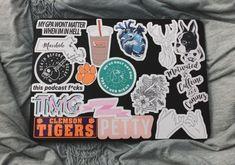 Sticker Bomb, Sticker Shop, Sticker Design, Tumblr Stickers, Cute Stickers, Cute Happy Birthday, Dark Circles Under Eyes, Macbook Stickers, Animal Books