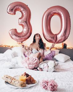 'I guess it's my birthday 13-01  ▫️ ▫️ ▫️ #dirtythirty #birthdaygirl #birthday #jarig #verjaardag…'