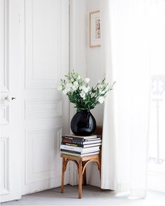 In honor of Bastille Day, we're sharing some seriously chic Parisian style.