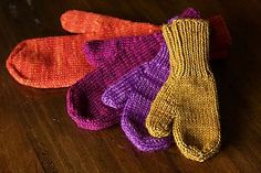 The World's Simplest Mittens by tincanknits  ~  FREE pattern ~ every size
