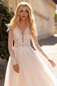 Open Back Wedding Dress, Long Sleeve Wedding, Long Wedding Dresses, Elegant Wedding Dress, Bridal Dresses, Dress Wedding, Ivory Wedding, Bridal Lace, Satin