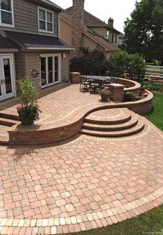 Nice 76 Paver Walkways Ideas for Backyard Patio https://decorisart.com/31/76-paver-walkways-ideas-backyard-patio/