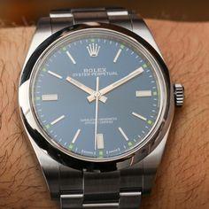 Montre - montre #watchzone#watchzoneitaly#watch#watches#wrist#watchporn#rolex#seiko#sumo#zimbe#japan#thailand#limited#immersion#diver#purple#masterpiece#violet#chrono24#picoftheday#instawatches #amazing#awesome#luxury#money#chicks#exclusive#chronograph#chrono#timepiece