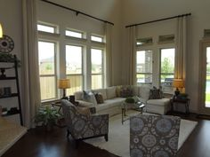 parkway terrace family room