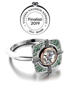 Hyvät naiset ja herrat, odotus on vihdoin päättynyt! Tässä hän on, Gala Vuoden Kaunein Sormus 2019 finalisti.✨    Äänestä suokkiasi linkistä. #PetriPulliainen #vuodenkauneinsormus #vuodenkauneinsormus2019 #häät #häätlehti #haatfi #iloveme2019 #tulesellaiseksikuinolet #iloveme #Gala #timanttisormus @HäätFI @iloveme.fi Diamond Rings, Engagement Rings, Jewelry, Design, Enagement Rings, Wedding Rings, Jewlery, Jewerly, Schmuck