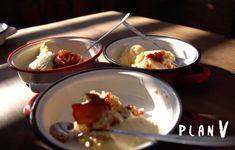 Cobbler, Relleno, Berries, Pudding, Breakfast, Desserts, Food, Youtube, Vanilla Ice Cream