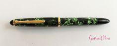 Review Lindauer Classic Piston Fountain Pen - Green Marble3