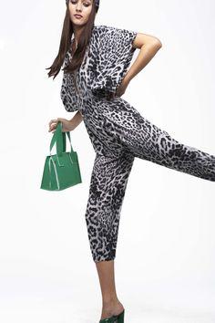 Norma Kamali Spring 2017 Ready-to-Wear Fashion Show