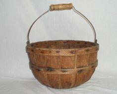 Round split wood Apple basket Country primitive antique$89
