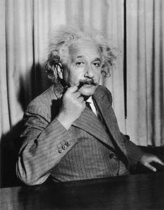 8. Albert Einstein – $11 million « 98.5 KLUC Las Vegas