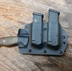 Horizontal knife sheath with removable mag carrier by Grizzly Outdoors