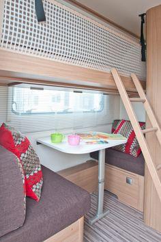 Two seater dinette Camper Interior Design, Airstream Interior, Van Interior, Kombi Motorhome, Camper Trailers, Rv Living, Tiny Living, Caravan Bunks, Caravan Makeover