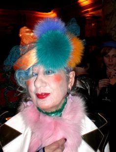 Today we lost another Icon.... RIP Anna Piaggi. Eri una stella e ti perdere... baci tesoro