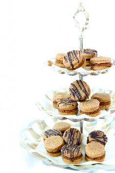 #paleo PaleOMG Gingerbread Snap Pumpkin Butter Sandwich Cookies