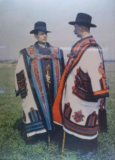 Cowherds in cifraszűr, Budapest, Néprajzi Múzeum F Photograph by Gönyey Sándor. This has to be the least attractive folk costume for men I have ever seen. Traditional Fashion, Traditional Dresses, Folklore, Folk Costume, Costumes, Hungarian Embroidery, Folk Clothing, Ethnic Dress, World Cultures