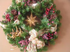 Three Wise Men Follow The Golden Star Wreath by stitchesandstuff, $55.00