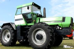 Ein besonders seltener Traktor: Deutz Fahr DX 430 - dieses Modell wurde nur 1* gebaut.