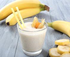 Fruit Smoothies, Smoothies Banane, Strawberry Smoothie, 100 Whey Protein, Whey Protein Powder, Fitness Drink, Under 300 Calories, Banana Milkshake, Nutrition