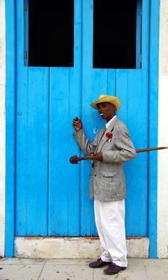 Dancer posing for a photo in Havana, Cuba