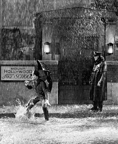 "Classic Gene Kelly from ""Singin' in the Rain"""