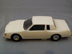 Buick Regal Race Car 1 24 Scale Model