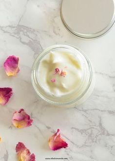 imagen de crema corporal de cera de rosas Eco Beauty, Organic Beauty, Natural Beauty, Soap Recipes, Cooking Recipes, Homemade Beauty, Bath Salts, Aromatherapy, Healthy Life