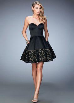 Cute Short Strapless Sweetheart Lace Hem Satin Little Black Dress