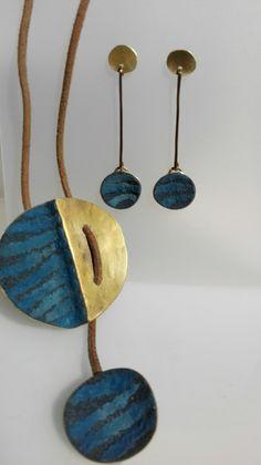 Colgante pendientes Pendant Necklace, Jewelry, Ear Jewelry, Pendants, Jewelery, Jewellery Making, Jewlery, Jewerly, Drop Necklace