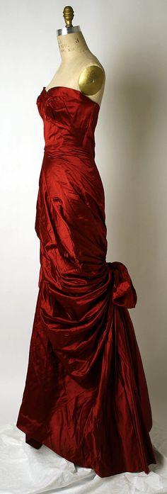 Dress, Evening.  Elsa Schiaparelli (Italian, 1890–1973).  Date: ca. 1949. Culture: French. Medium: osilk. Dimensions: Length at CB: 59 in. (149.9 cm).