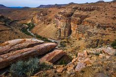 This beautiful valley can be found to the north of the Karoo National Park, yet not very accessible because it's on private property. Beaufort West district, South Africa