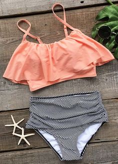 Cute soft piece as Cupshe Seaside Gale Falbala High-waisted Bikini Set! Take it for summer beach trip for best fit and look. Live life on the beach~