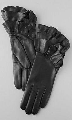 must have leather gloves fall fashion accessories.