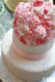 Cake with gumpaste flowers.