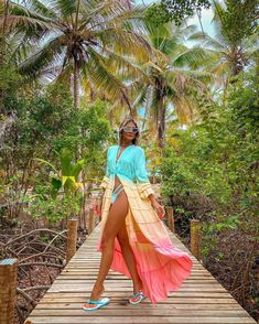 "Thássia Naves (@thassianaves) posted on Instagram: ""Colorindo mais um dia por aqui ☀️🥰 • @gapazbeachwear , sigo apaixonada pela coleção! #thassiastyle #ootd #summer"" • Jan 3, 2021 at 8:19pm UTC Ootd, Swimsuits, Swimwear, Summer Looks, Tie Dye Skirt, Instagram, Skirts, Beach Outfits, Outdoor"