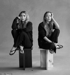 Mary-Kate & Ashley Olsen's Relationship Is Like a Marriage: 'We Have Had Ups & Downs': Photo Mary-Kate and Ashley Olsen are featured in WSJ. Magazine's new issue, speaking all about their brand The Row's new menswear line. Mary Kate Ashley, Mary Kate Olsen, Elizabeth Olsen, Ashley Olsen Style, Olsen Twins Style, Business Portrait, The Row, Foto Fantasy, Twin Models