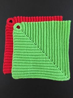 Marias små ting: Virkade grytlappar Crochet Potholders, Knit Dishcloth, Crochet Blocks, Crochet Squares, Knit Crochet, Diy Projects To Try, Crochet Projects, Craft Projects, Knitting Patterns