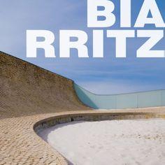 Photo © Fernando Carrasco. [fernandocarrasco.net] Cité de l´Océan et du Surf .Steven Holl, Solange Fabião, Architects. Biarritz, Bayonne, France. 2005-2011