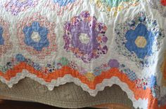 Grandmothers Flower Garden Quilt close up of the border and vintage fabrics