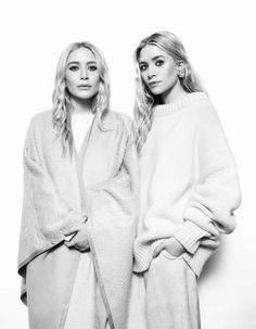 Mary Kate and Ashley Olsen #TheOlsenTwins #Fashion