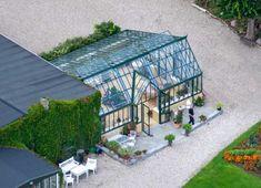Interior Design For Living Room Code: 2205174093 Halle, Simple Interior, Aarhus, Glass House, Interior Design Living Room, Exterior, House Design, Garden, Inspiration