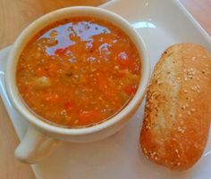 Bulgarian Bob Chorba - a soup made from dry beans, onions, tomatoes, mint and carrots. Read Recipe by dealbase Soup Recipes, Great Recipes, Cooking Recipes, Favorite Recipes, Healthy Recipes, Bulgarian Recipes, Bulgarian Food, International Recipes, Soups And Stews
