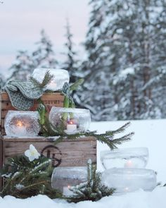 Christmas Porch, Christmas Love, Winter Christmas, Christmas Decorations, I Love Winter, Winter Colors, Winter Day, House Plant Care, Dere